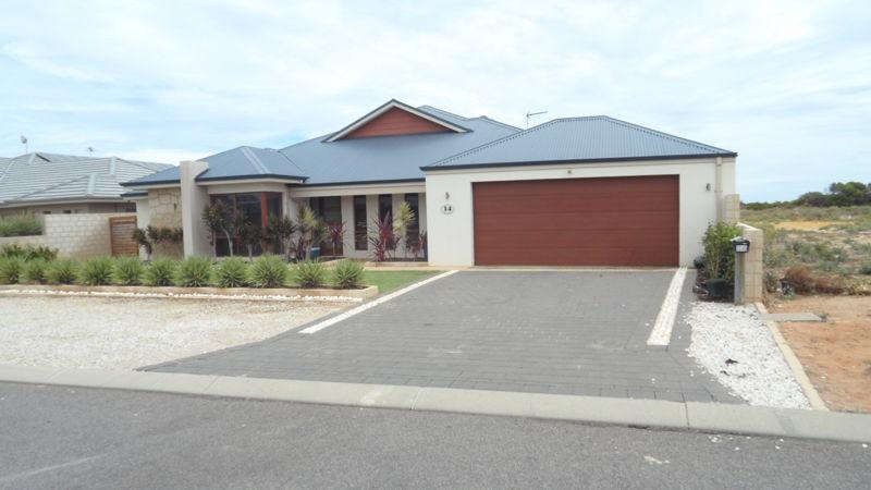 14 Coastside Crescent Glenfield WA 6532