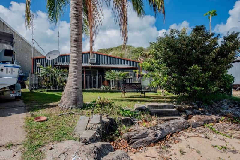 Private Commercial For Sale 83 Waiben Esplanade Thursday Island QLD 4875