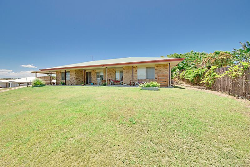 89-91 Hill St Emu Park QLD 4710