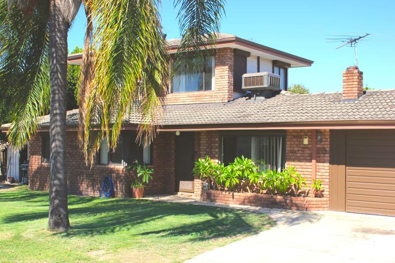 3 Kidman Court Thornlie WA 6108