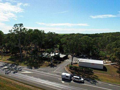 Private Commercial For Sale 83978 Bruce Highway, Flaggy Rock Clairview QLD 4741