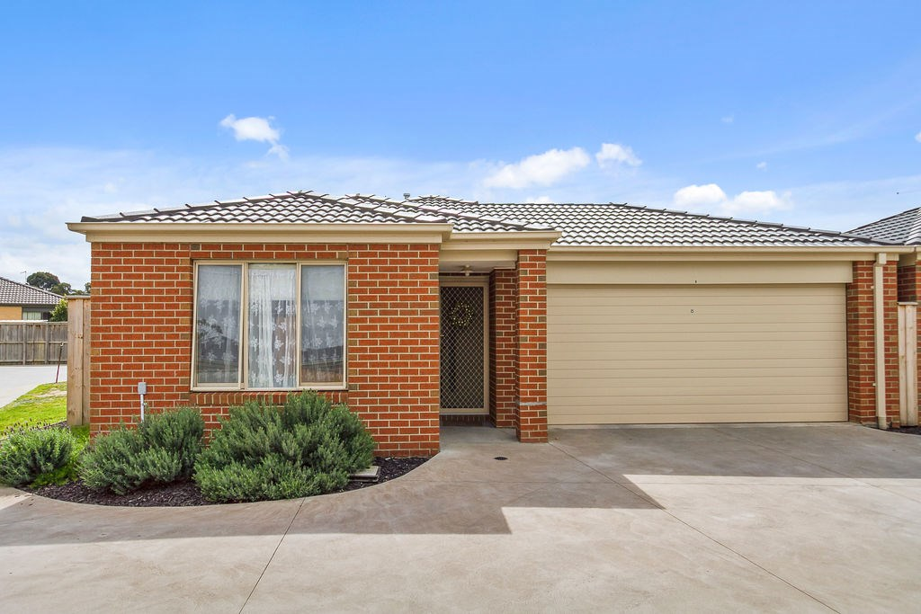 Property for sale 8 Trinidad Walk Pakenham VIC 3810
