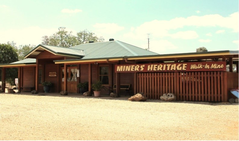 Private Commercial For Sale 97 Heritage Road Rubyvale QLD 4702