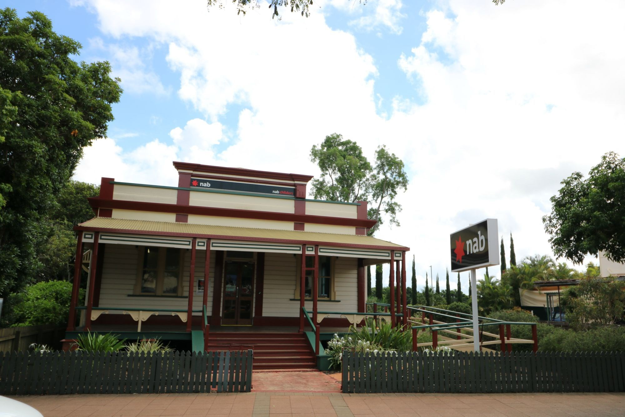 Private Commercial For Sale Childers 4660 QLD